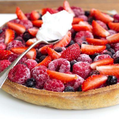 tarte sans gluten aux fruits rouges et crème de coco-4