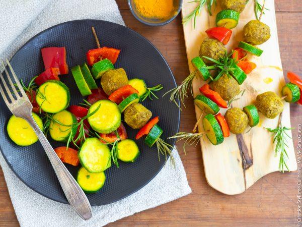 Brochettes de falafels et légumes au curry-5
