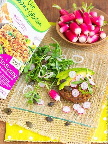 Tartine-vegetarienne_avec_galette_bio_a_poeler_a_l_indienne